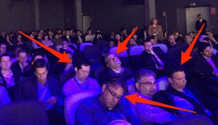 people-asleep-at-mark-zuckerbergs-keynote-2